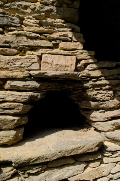 Antico forno in pietra