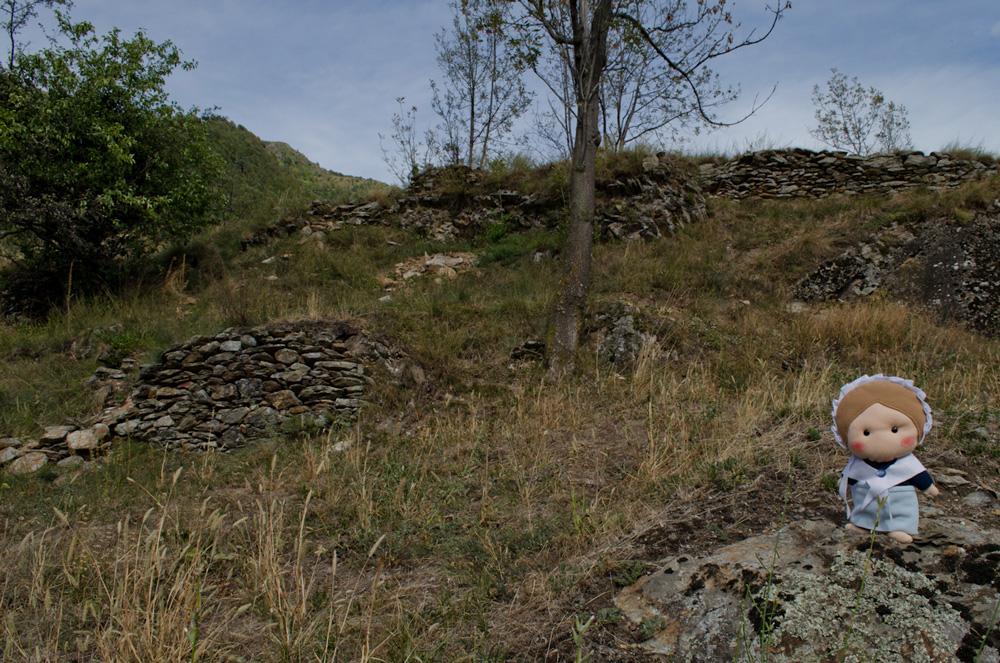 Eccomi sul pianoro dove sorgeva il castello del Conte Billour