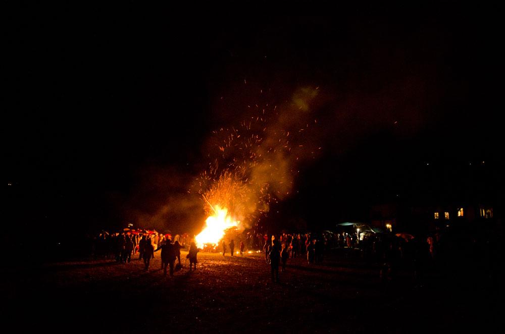 The bonfire at Stallè hamlet