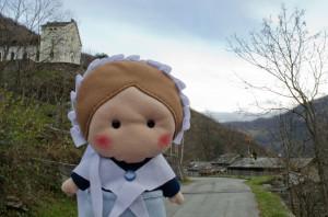 Eccomi sulla rocca di Pradeltorno, alle mie spalle potete vedere il tempio valdese