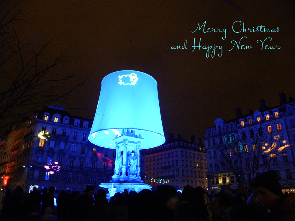 As I'm surrounded by the beautiful lights of the Fête des Lumières in Lyon, I wish you a very Merry Christmas!