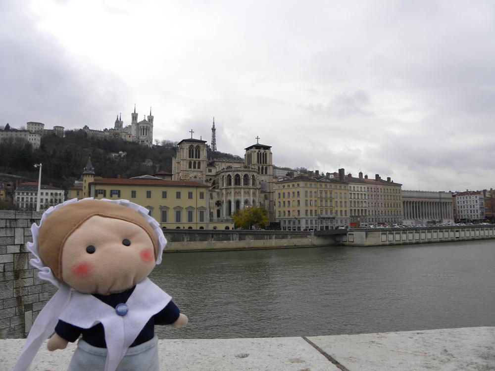 Brr... sul Pont Bonaparte che attraversa la Saône c'è un'arietta...