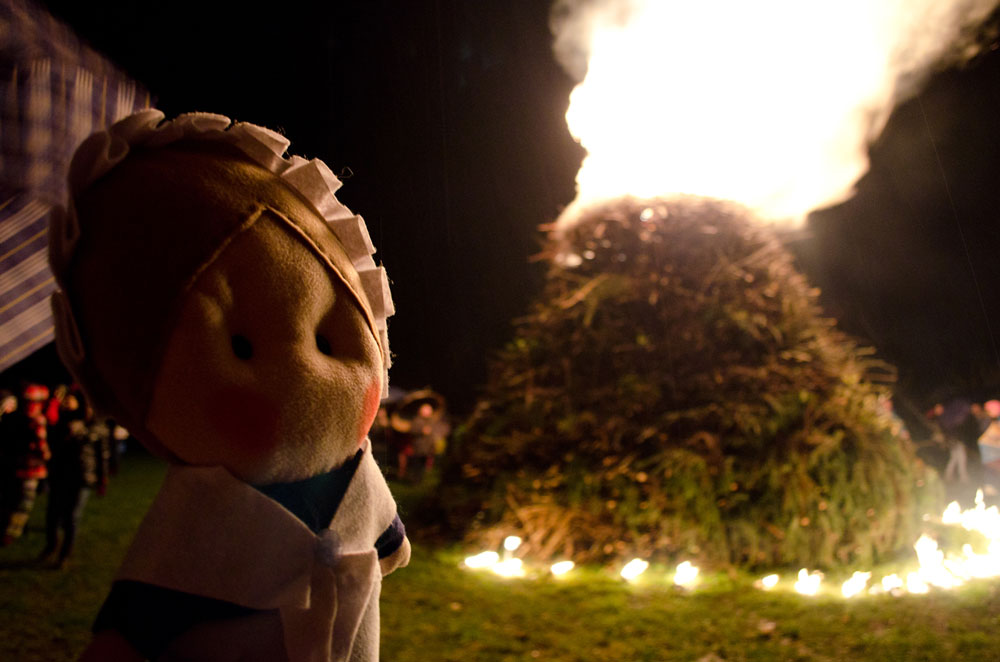 Here I am at the bonfire of last year in the township of Stallè (Luserna San Giovanni, To)