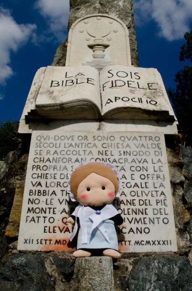 A Chanforan (Angrogna, To) i Valdesi decisero di aderire alla Riforma protestante: questo monumento ricorda quell'avvenimento