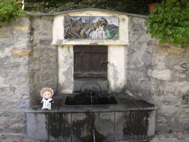 Here's the Fontana dell'orsa with its fresh water gushing