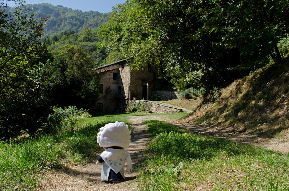La Gianavella, casa natale dell'eroe valdese Giosuè Gianavello, si trova a Luserna San Giovanni in direzione Rorà.
