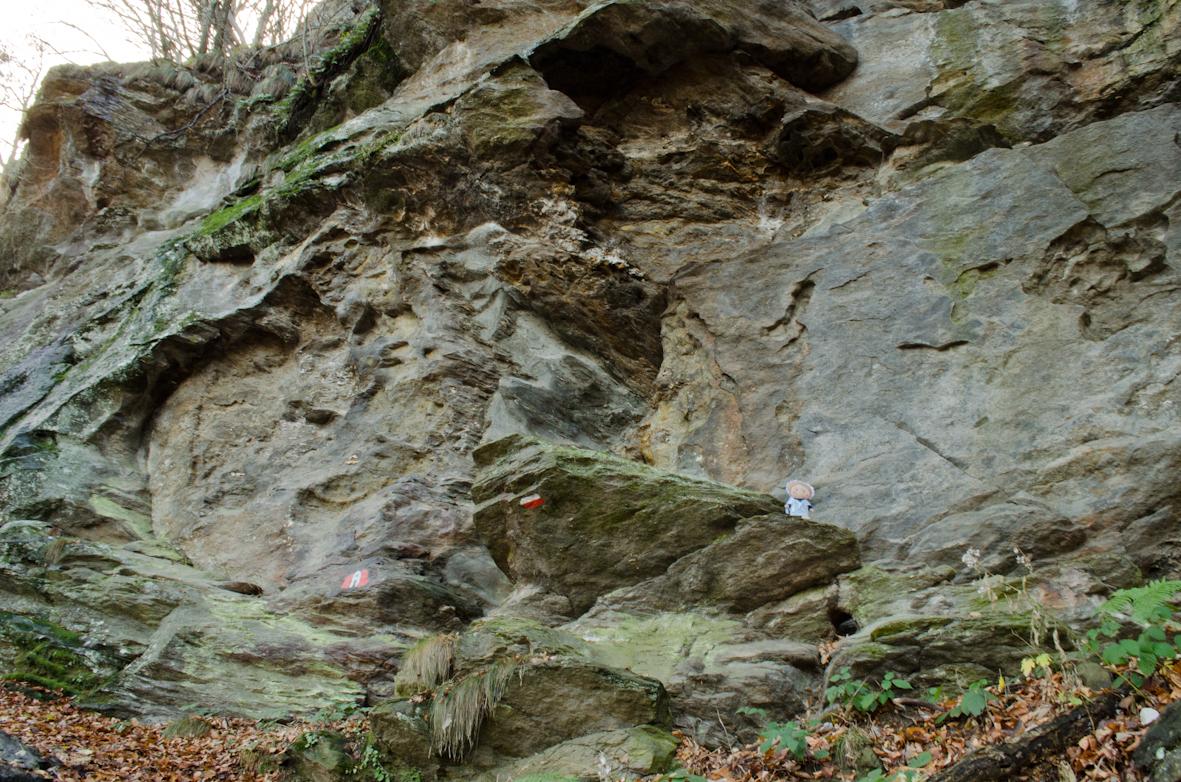 Camminata fino a Roca Ghiesa antico luogo di culto valdese a Prarostino.