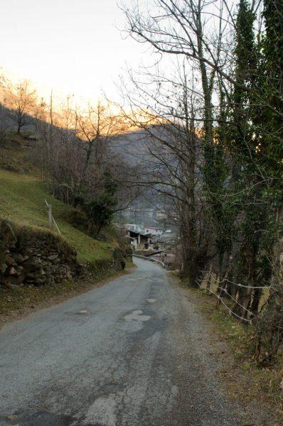 Uno scorcio di Malpertus dalla strada che conduce a Villanova