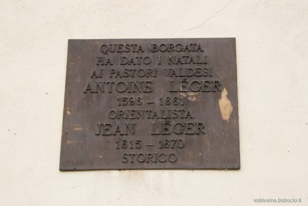 On the temple's façade there's a plate which commemorates the pastors Antoine Léger (1596-1661), Chaplain of the Dutch embassy in Costantinopoli, and Jean Léger (1615-1670), Waldensian historian and Moderator.